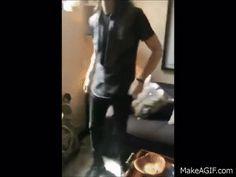 Mike Faist can daaaaaance <<< HE WAS A NEWSIE. OF COURSE HE CAN DANCE