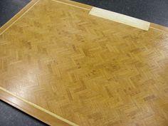 MitchyMooMiniatures: Most boring jigsaw EVER! Flooring made from veneer. Template for stone look flooring. Parquet Flooring, Hardwood Floors, Doll House Flooring, Dollhouse Tutorials, Miniature Tutorials, Dollhouse Ideas, How To Varnish Wood, Herringbone Wood Floor, Kitchen Equipment