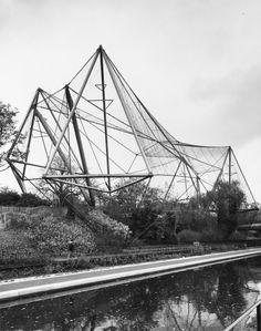 Aviario del Zoo de Londres. 1963 - Cedric Price Biografía de Cedric Price (1934-2003) por Design Museum.