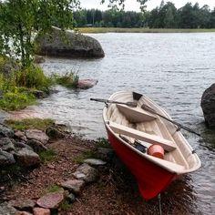 Haastava soutusää  #Pukkisaari #Mansikkaniemi  #tehokastayläkroppatreeniä  #summersporting #rowing #in #windyweather