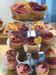 Baby Shower Cupcakes, Mini Cupcakes, Raspberry, Desserts, Food, Meal, Deserts, Essen, Hoods