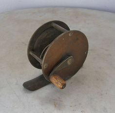 """FLY FISHING REEL Edwardian English Small 2 1/4"""" Size All Brass Wooden Knob Smooth Action Line Included England 1920's by OnceUpnTym on Etsy"""