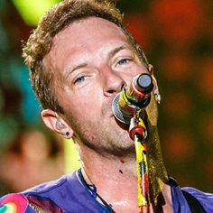 """496 Likes, 6 Comments - ~❤COLDPLAY❤~ (@adventureof.coldplay) on Instagram: """"#ColdplayBuenosAires  (November 14, 2017) : @dfallaccess #ChrisMartin #JonnyBuckland…"""""""