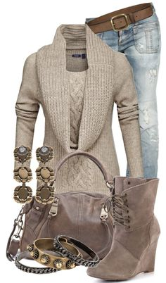 """Sweater, wedges and jeans"" super cute!!"