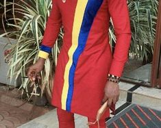 Items similar to African men's clothing / African fashion/ wedding suit/dashiki / African men's shirt/ vêtement africain/ chemise et pantalon/ Ankara styles on Etsy African Wear Styles For Men, African Shirts For Men, African Dresses Men, African Clothing For Men, African Attire, Dashiki For Men, African Dashiki, Nigerian Men Fashion, African Men Fashion