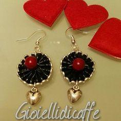 Per San Valentino... #gioiellidicaffe #gioielli #nespresso #capsule #riciclo #caffe #bijoux #coffeetime #love #sanvalentine #14defebrero #sweet #instalove #amoryamistad #beautiful  #amor #14f #good #likes #art #instadaily #photo #cool #amore #cuori #heart