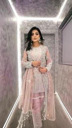 Beautiful Pakistani Dresses, Pakistani Dresses Casual, Pakistani Bridal Wear, Pakistani Dress Design, Beautiful Dresses, Party Wear Indian Dresses, Designer Party Wear Dresses, Indian Fashion Dresses, Wedding Dresses For Girls