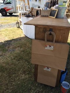 See how I built a DIY Folding Craft Fair Checkout Stand with scrap wood and $0. Ring up customer and package gifts on your own checkout stand!