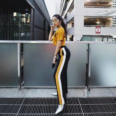 @soundtiss Chill Outfits, New Outfits, Sport Outfits, Fashion Outfits, Casual Hijab Outfit, Casual Outfits, Cute Outfits, Dope Fashion, Fashion 2017