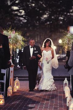 Real {New Orleans} Wedding: Kristi + Joaquin - Munaluchi Bridal Magazine