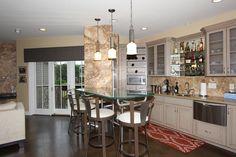 23 Camryn Pl Newport, KY 41071 Home bar