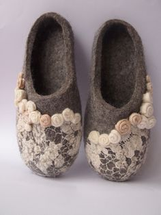 women bridal wool slippers with small flowers and lace by LITTAUdesign on Etsy https://www.etsy.com/listing/217148165/women-bridal-wool-slippers-with-small
