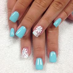 Try some of these designs and give your nails a quick makeover, gallery of unique nail art designs for any season. The best images and creative ideas for your nails. Bright Summer Nails, Cute Summer Nails, Spring Nails, Summery Nails, Pink Summer, Pedicure Summer, Beach Pedicure, Nail Summer, Summer Colors