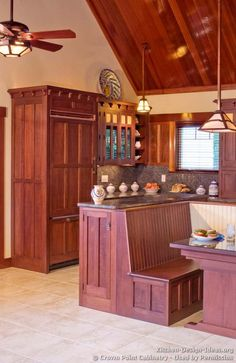 Discover the quality and beauty of the Craftsman Kitchen design in this informative article featuring pictures of kitchens in the Craftsman style. Mission Furniture, Craftsman Furniture, Craftsman Interior, Craftsman Style Kitchens, Bungalow Kitchen, Bungalow Homes, Kitchen Colors, Kitchen Design, Kitchen Decor