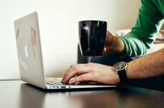 How to Make Money Blogging Full-Time