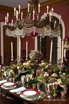 Great Ideas For Hosting An Elegant, Formal Dinner Party Www . Great ideas for hosting an elegant, formal dinner party www formal dining room christm Christmas Party Table, Christmas Entertaining, Christmas Table Settings, Christmas Tablescapes, Christmas Decorations, Holiday Tablescape, Holiday Dinner, Thanksgiving Table, Holiday Parties