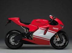 XXX: Ducati Desmosedici RR 2007 Ducati Desmosedici RR 03 635x476
