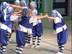 Гумми Гном - танец гномиков (гумми бер). - YouTube