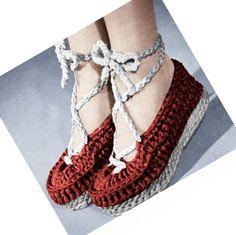 1940s Wedgie Shoes, Ballet Slipper:  Vintage Crochet Pattern