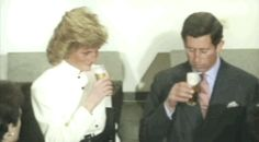 Princess Diana And Charles, Prince And Princess, Princess Of Wales, Tours France, Princesa Diana, Moving Pictures, Lady Diana, Queen Of Hearts, Royal Families