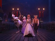 Holding on tight to you 💕 Disney Pixar, Disney Fan Art, Disney And Dreamworks, Disney Cartoons, Disney Love, Disney Nerd, Frozen Art, Frozen And Tangled, Disney Frozen Elsa