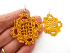 PDF Tutorial Crochet Pattern...Dangle Earrings di accessoriesbynez