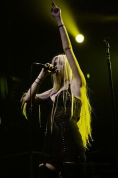 Taylor Momsen ✾ of The Pretty Reckless Taylor Momsen, Taylor Michel Momsen, Pretty People, Beautiful People, Punk Outfits, Metal Girl, Grunge Girl, Goth Girls, Gossip Girl