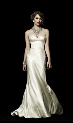 Gorgeous wedding gown - The Lucielle, Johanna Johnson