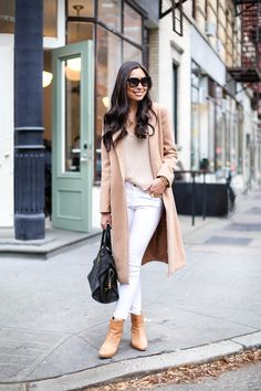 Camel coat with white skinny jeans