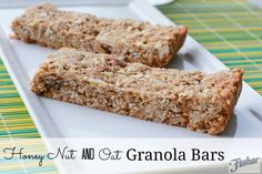 Honey Nut and Oat Granola Bars by SimplyBeingMommy Cupcake Recipes, Baking Recipes, Cupcake Cakes, Dessert Recipes, Yummy Recipes, Desserts, Oat Granola Bar Recipe, Homemade Granola Bars, Deserts