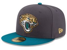The NFL Gold Collection On Field 59FIFTY features an elevated element to New Era's LIQUIDCHROME™ technology as each LIQUIDCHROME™ team logo has an outline of gold. LIQUIDCHROME™ team logos are individ