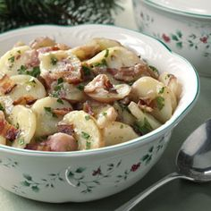 Need German potato salad recipes? Get German potato salad recipes for your next meal or gathering. Taste of Home has lots of delicious German potato salad recipes including hot and cold German potato salads, and easy German salad recipes. Authentic German Potato Salad, Funeral Food, German Potatoes, Oktoberfest Party, Oktoberfest Recipes, Potato Dishes, Vintage Recipes, Soup And Salad, Salad Recipes