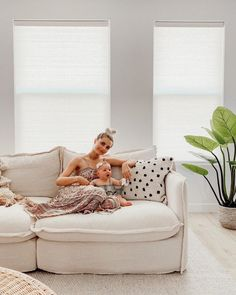 """Aspyn Ovard Ferris on Instagram: """"Hanging out on the world's comfiest couch with my baby 👶🏼 She's too busy watching The Office to be paying attention to our photoshoot 🙂 We…"""""""