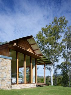 Image 35 of 35 from gallery of Hinterland House / Shaun Lockyer Architects. Photograph by Shaun Lockyer Architects Rural House, House In The Woods, Residential Interior Design, Residential Architecture, Brisbane Architects, Passive Solar Homes, Long House, Shed Homes, Barn Homes