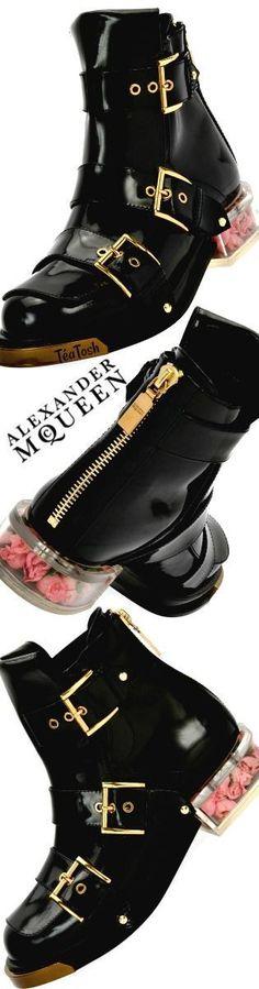 ❇Téa Tosh❇ Alexander McQueen
