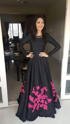 Black suit with tiny magenta floral detailing indian gowns dresses, indian wedding gowns, pink Indian Gowns, Indian Attire, Pakistani Dresses, Indian Outfits, Mode Bollywood, Bollywood Fashion, Bollywood Style, Party Kleidung, Pink Gowns