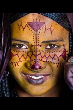 Touareg peuple nomade La beauté Touareg, tout est dans le regard