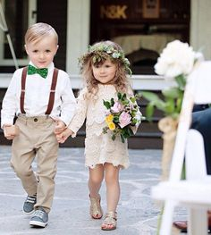 Pajens e daminhas mais fofas da internet. #brides #noiva #casamento #fofura #cortejo