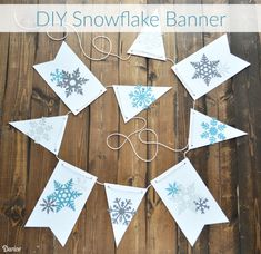 See how easy it is to make your own pretty paper DIY snowflake banner with this step by step tutorial. The perfect decor for the entire winter season! Snow Theme, Winter Theme, Christmas Flyer, Christmas Fun, Paper Decorations, Christmas Decorations, Snow Flakes Diy, Winter Wonderland Party, Paper Banners