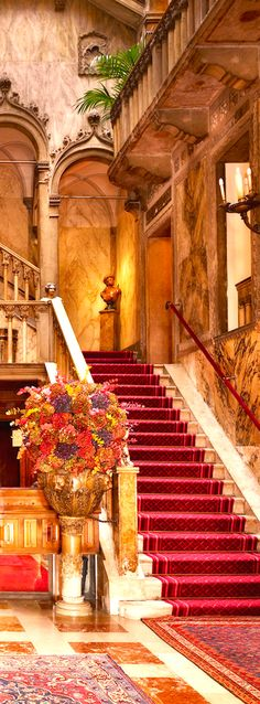 Palazzo_Dandolo_Hall_