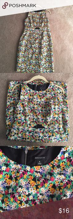 Charlotte Ronson I Love Ronson Floral Sheath Dress This dress has only been worn once. Excellent condition. Wear this to brunch or work. Blazer or jean jacket. Charlotte Ronson Dresses Midi