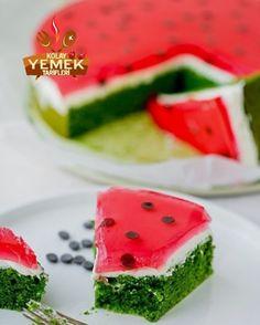 Karpuz Kek Tarifi - Watermelon Cake Recipe - the Watermelon Cake Recipe, Star Cakes, Avocado, Homemade Beauty Products, Cake Pans, Quick Easy Meals, Yummy Cakes, Cake Recipes, Food And Drink