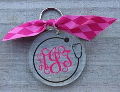 DIY your photo charms, compatible with Pandora bracelets. Make your gifts special. Make your life special! Under The Carolina Moon: Preppy Monogram Nurse Keychain Monogram Keychain, Keychain Design, Monogram Jewelry, Diy Keychain, Keychain Ideas, Vinyl Crafts, Vinyl Projects, Tape Crafts, Preppy Monogram