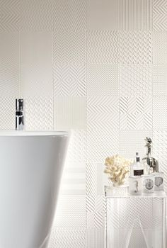 Shabby Chic Kitchen, Laundry In Bathroom, Scandinavian Interior, Kitchen Backsplash, House Plans, Tiles, Sweet Home, Patches, Bathtub