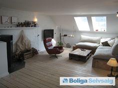 Danmarksgade 53, 4. th., 9000 Aalborg - Hyggelig lejlighed med brændeovn og udsigt i Aalborg centrum. #ejerlejlighed #ejerbolig #aalborg #selvsalg #boligsalg #boligdk