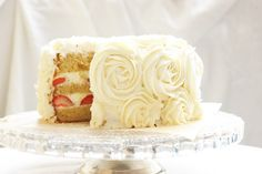 Beautiful rose cake - I'm going to make this SOON! (Anyone getting married and need a cake? I will make this for you!)