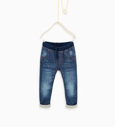 Stretch waist jeans