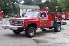 Fire and EMS Apparatus Pictures Fire Dept, Fire Department, Brush Truck, Evening Sandals, Fire Apparatus, Emergency Vehicles, Firefighting, Fire Engine, Police Cars