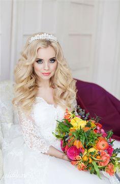 Princess Bridal Hairstyles and Long Sleeves Wedding Dress