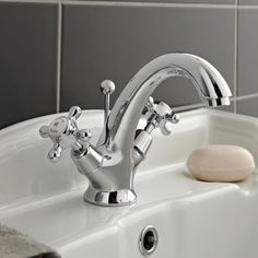 The Hudson Reed Topaz Mono Basin Mixer Tap with Dome Collars features a Traditional Design. Enjoy Free Delivery on Hudson Reed Topaz Taps. Bathroom Sink Taps, Bath Taps, Downstairs Bathroom, Family Bathroom, Bathroom Fixtures, Bathrooms Online, Big Bathrooms, Bathroom Images, Retro Design